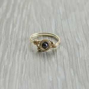 טבעת אבן חן המטייט